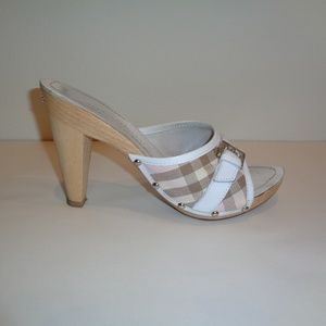 Burberry Size 9 M Eur 39 Heeled Sandals